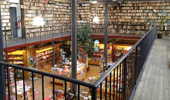 Librairie à l'ancienne