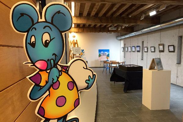 L'exposition se tenait dans l'ancienne remise à carrosse du château de comtes de Mouscron