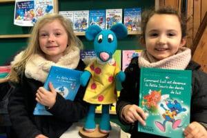 Rencontre de jeunes lectrices lors d'un salon du livre