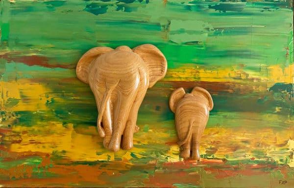 Bas relief éléphants sculptés en bois